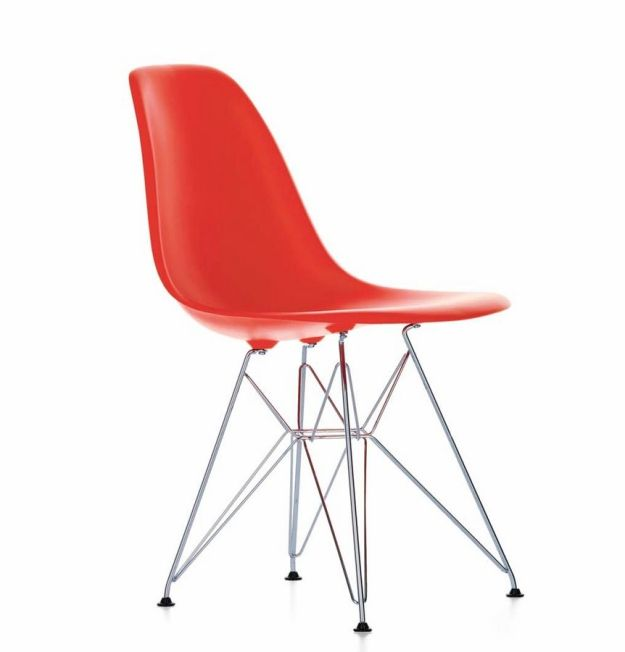 design-chair-by-charles-ray-eames-80422-3019777