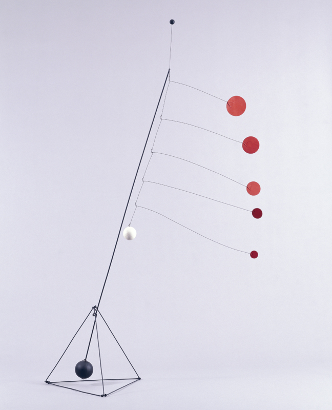 Alexander Calder, Object with Red Discs, 1931. Painted steel rod, wire, wood, and sheet aluminum, 88 1/2 × 33 × 47 1/2 in