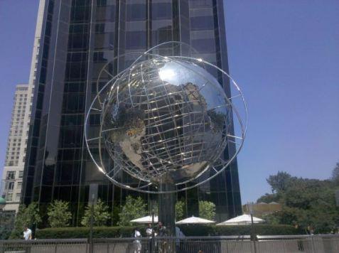 trump-globe